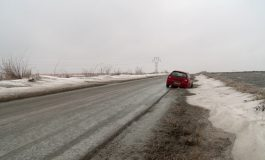 Iarna pe uliță, la Galați și la Brăila: accidente pe bandă rulantă, zeci de oameni la spital și localități fără curent electric