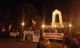 VIDEO/Hitul serii la protestele pentru susținerea justiției de la Galați: Corupții și infractorii anchetează judecătorii