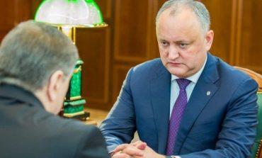 """""""Nu este niciun fel de descinderi"""". Dodon neagă informaţia apărută în presă cu referire la Ambasada R.Moldova la Moscova"""