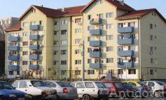 Spitalul Judeţean Galaţi devine complex de locuit. Medicii vor putea sări din balcon direct în sala de operaţii!