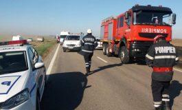 Ciocniri în lanț pe un drum național din județul Brăila. Mai multe mașini s-au lovit din cauza fumului provenit de la un incendiu de vegetaţie