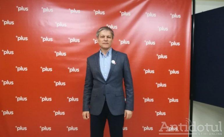 Dacian Cioloș vrea să fie colegul lui Dan Nica