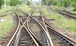 Trenurile își sporesc viteza și confortul, deocamdată doar pe poduri și podețe