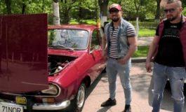 VIDEO Dacia 1300 care a parcurs turul Europei, admirată la parada maşinilor de epocă