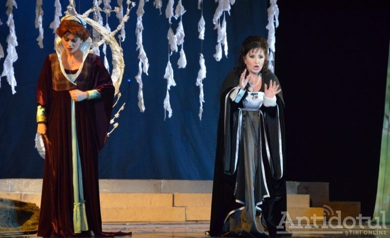 "Debuturi în capodopera operistică ""Lucia di Lammermoor"""