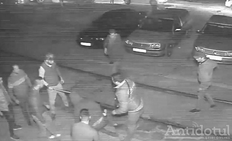 UPDATE/Ce se va întâmpla cu golanii de taximetriști care au bătut cu bestialitate un adolescent