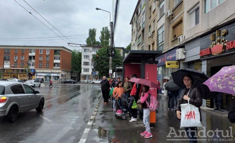 VIDEO/Greva în transportul public din Galați a trecut ca ploaia. Problemele rămân