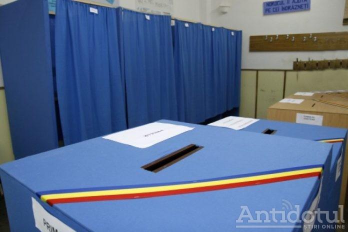 Primarul Ionuț Pucheanu se plânge că la secțiile de votare din Galați au apărut mai multe nereguli