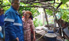 VIDEO/ Guvernanții se antrenează ca să scoată țara din noroaie. Ce a pățit un ministru în județul Galați