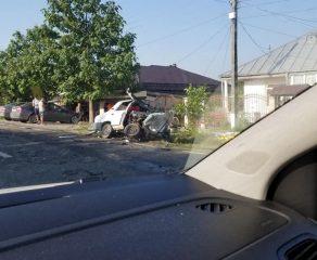 A salvat un câine și a omorât doi oameni. Un polițist din Galați a provocat un accident rutier grav