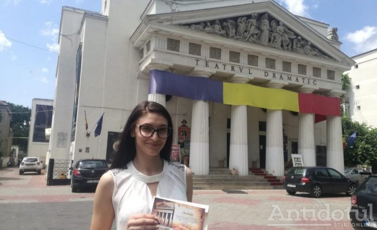 """Geanina-Andreea Frunză este Spectatorul lunii la Teatrul Dramatic """"Fani Tardini"""""""