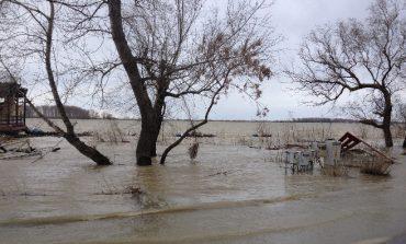 Dunărea, la un pas de cota de atenție la Galați