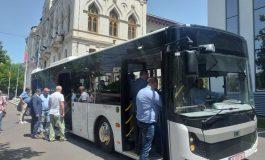 VIDEO/Autobuzul-ozn a aterizat la Galați. Călătorii pot testa modelul de autobuz care va fi cumpărat de Transurb