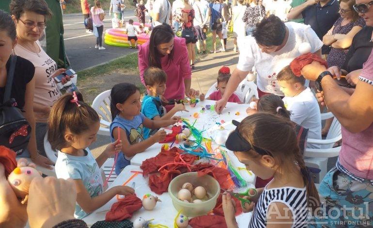 Ziua Marinei, la Galați: plimbări cu caiacul, concursuri de biciclete, mâncare pescărească și distracție pentru copii