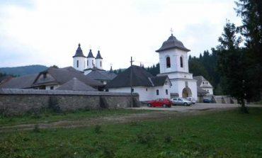 Incendiu la una dintre cele mai vestite mănăstiri din Prahova