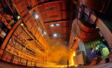 COVID-19 gripează combinatul siderurgic. Producția este în picaj, iar angajații se pregătesc pentru șomajul tehnic