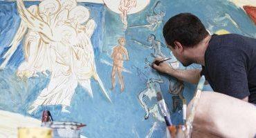 """Artistul vizual Ciprian Mureşan pictează scene de la Voroneţ, în expoziţia de la S.M.A.K Gent: """"Tot timpul fac referinţe la istoria României"""""""