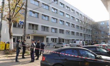MApN trimite o echipă de specialişti la Timişoara, pentru verificări suplimentare în blocurile în care s-a făcut dezinsecţie şi deratizare şi unde trei oameni au murit