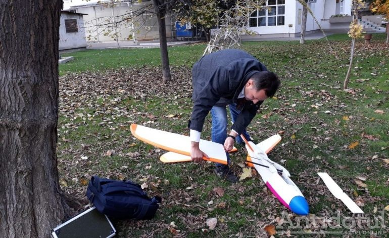 VIDEO Drona construită de un gălățean a bătut un record mondial