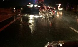 Accident pe un drum european, în judeţul Olt. Un autocar cu 10 persoane a fost lovit de un şofer care a depăşit neregulamentar