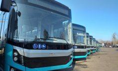 Autobuzele de mari dimensiuni au fost prezentate presei. Autoritățile au anunțat data când acestea vor fi trimise pe traseele din Galați