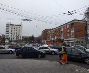 VIDEO/Poveste nașpa de Crăciun: în orașul Galați, traficul auto este din ce în ce mai dificil
