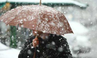 Prognoza meteo: Când se întoarce iarna. Ce fenomene se anunţă în weekend şi în ce zone lovesc ninsori