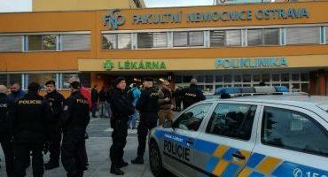 Atac armat într-un spital din Cehia: cel puţin patru morţi şi doi răniţi