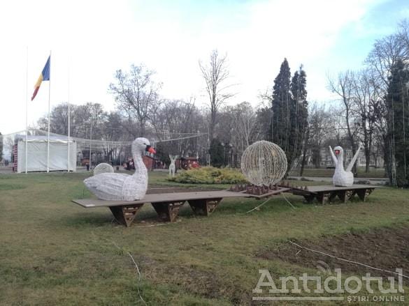 Sculptură urbană, suport pentru butaforiile de iarnă