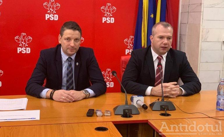 """Seniorii din PSD au dat dezlegare la """"ăștia mici"""" (Pucheanu și Humelnicu) să facă singuri conferințe de presă"""