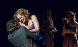 """Naționalul din Sibiu aduce spectacolul """"Cui i-e frică de Virginia Woolf?"""" pe scena Dramaticului. Weekendul continuă cu două producții proprii: """"Visul unei nopți de vară"""" și """"O asemenea iubire"""""""
