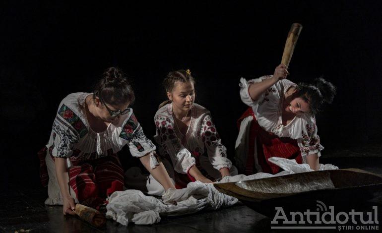 """Weekend dedicat comediei la Teatrul Dramatic """"Fani Tardini"""": """"Trei grații"""", """"Soacra cu trei nurori"""" și """"O scrisoare… pierdută!!!"""""""