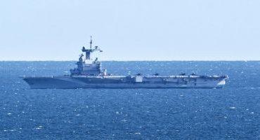 Portavionul francez Charles de Gaulle se întoarce mai devreme din misiune: 40 de cazuri suspecte de coronavirus la bord