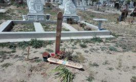 VIDEO Apucături creștine: un cimitir din județul Galați a fost distrus în zilele de Paște