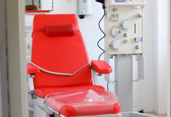 Aparat pentru tratarea COVID-19, la Centrul de Transfuzii din Galați. Echipamentul utilizează o procedură experimentală