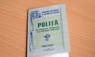 Moldovenii care revin de peste hotare, obligaţi să procure asigurare medicală la intrarea în Republica Moldova