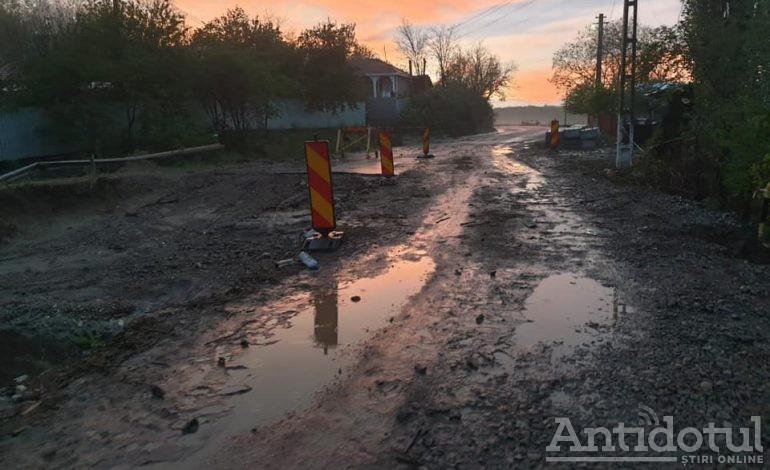 VIDEO Ploaia torențială a făcut deranj prin județul Galați. Seceta rezistă!