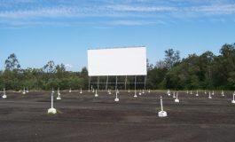 Drive Cinema lângă McDonald's, patronat de Sf. Apostol Picu Roman