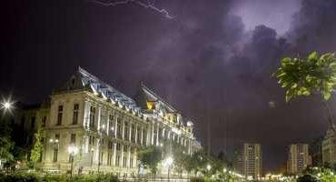ALERTĂ METEO: Iunie începe cu ploi şi furtuni. Patru zile de instabilitate atmosferică în toată ţara