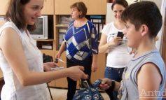 Ajută copiii din Galați care nu au tablete să facă școală în vremuri de COVID. Hai, mâna la buzunar, și nu o da că e spart!
