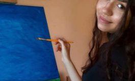 """Adolescenta care a reuşit să îmbine fabulos pictura cu informatica. """"Simt că dăruiesc o parte din sufletul meu"""""""