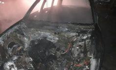 Dragostea face pagube în parcul auto din județul Galați. Un cetățean a incendiat mașina soției sale