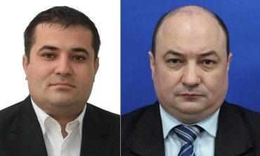 Scandal! Doi deputați PSD s-au șters la fund cu masca de protecție