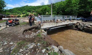 Pagube uriaşe produse de inundaţiile din iunie, în judeţul Hunedoara. Peste 40 de localităţi au fost afectate