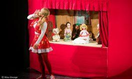 """Povestea plină de voioșie a Scufiţei Roşii de la Teatrul """"Gulliver"""""""