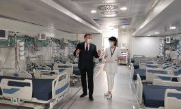Cascadorii plânsului s-au mutat la Ministerul Sănătății. Unitatea Mobilă ATI care a stat de pomană la Galați va pleca la Timișoara