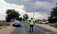 Nu ne mai trageți pe dreapta... Un gălățean a fost prins la volan cu o alcoolemie uriașă