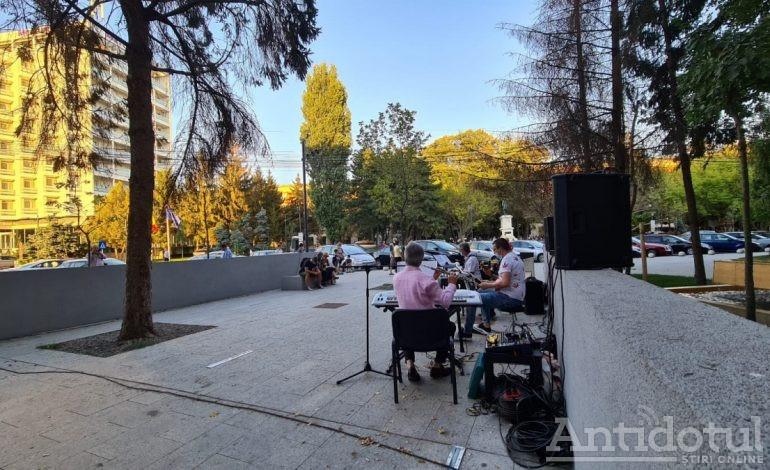 VIDEO/Concert inedit lângă pasajul din centrul orașului Galați