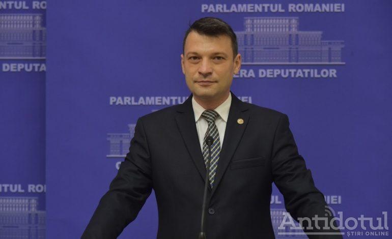 Bogdan Rodeanu, un userist ferm: Demisia miniștrilor USR și ieșirea de la guvernare sunt excluse…. miniștrii USR PLUS și-au prezentat demisiile