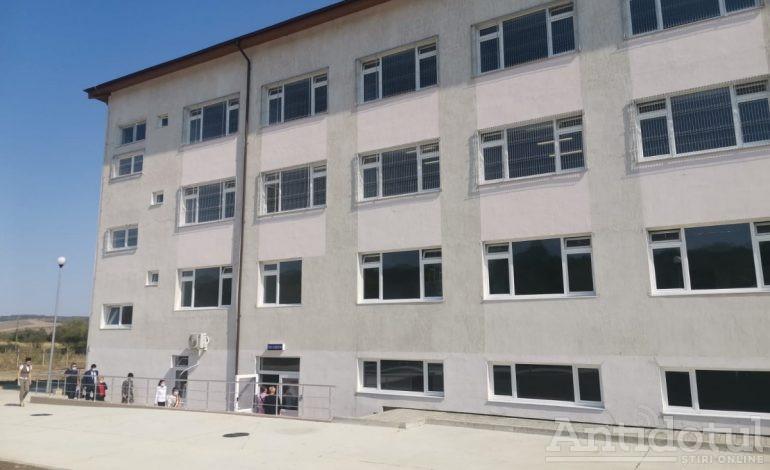 Galerie foto/Un nou spital a apărut în Galați. Unitatea are pacienți din toată țara